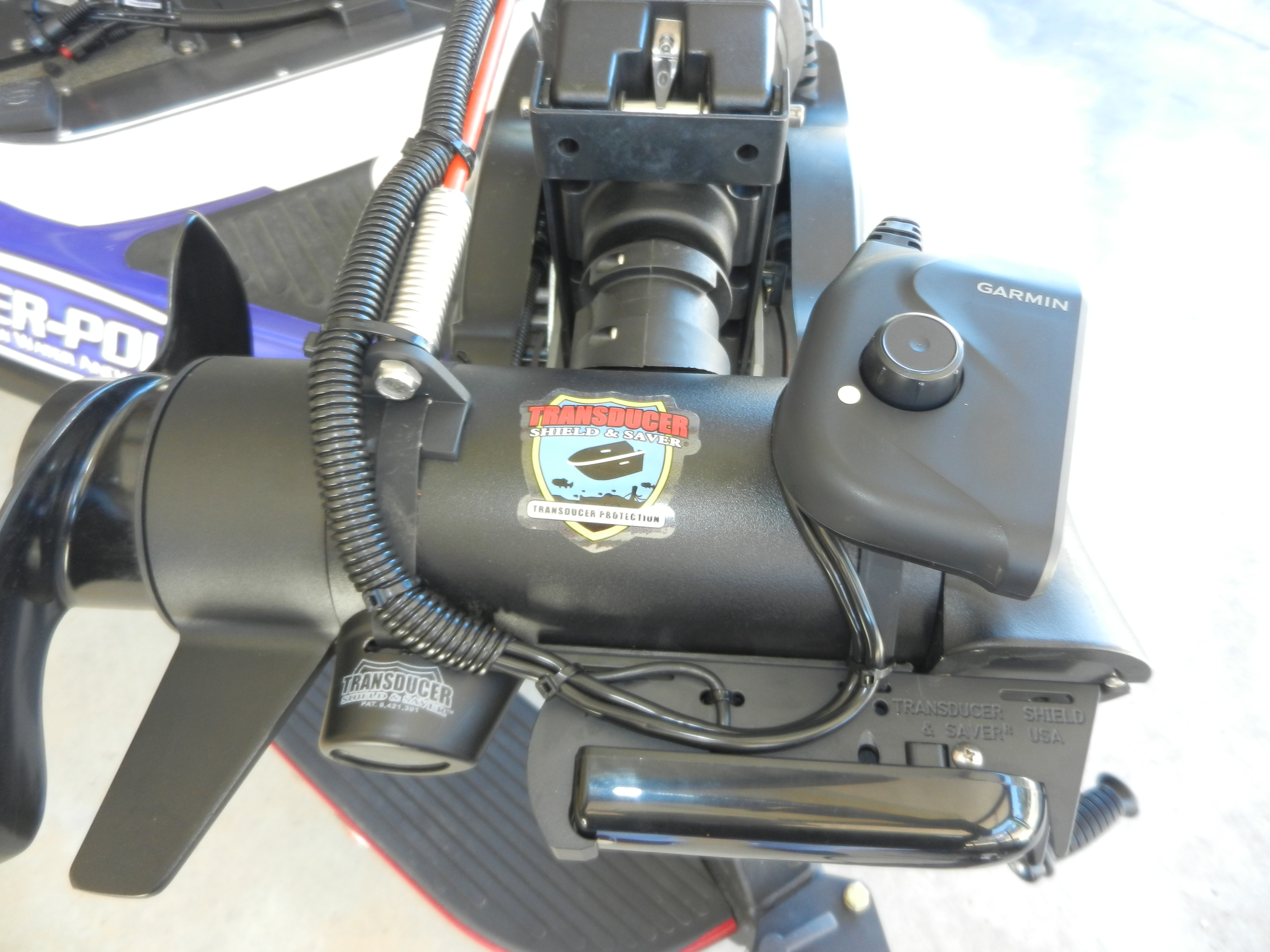 Transducer shield and saver cable guiding tower great for for Lowrance trolling motor transducer installation